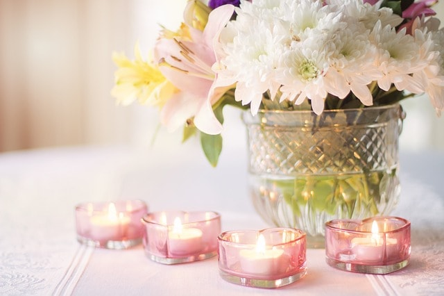 bougies et fleurs decorations de mariage wedding planner