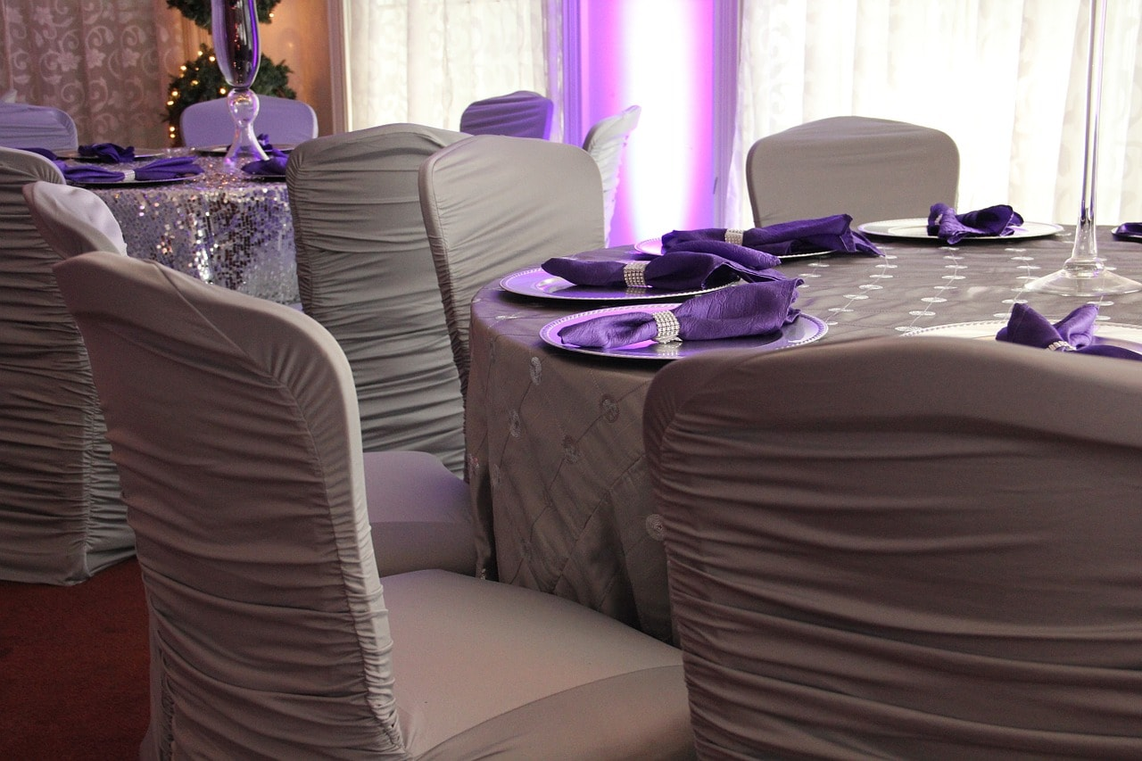 decoration blanc violet mariage